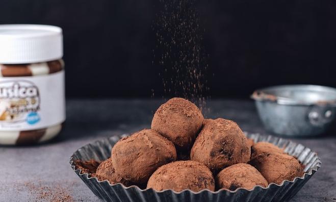 深圳巧克力培训教你如何制作巧克力松露